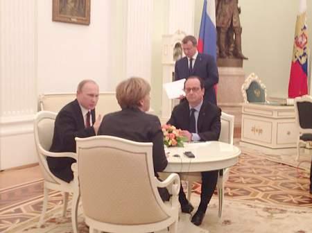 Встреча А.Меркель, Ф.Олланда с В.Путиным в Кремле продолжается более двух часов