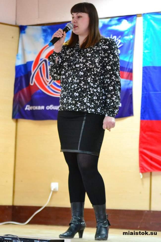 Молодежь Луганска дарит душевное тепло ветеранам