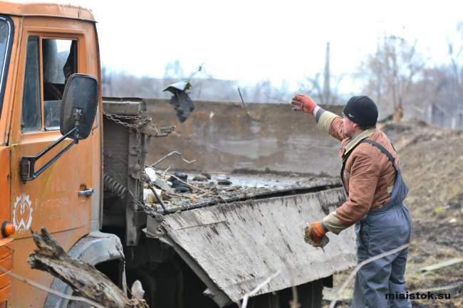 «Ночные волки» делают Луганск чище
