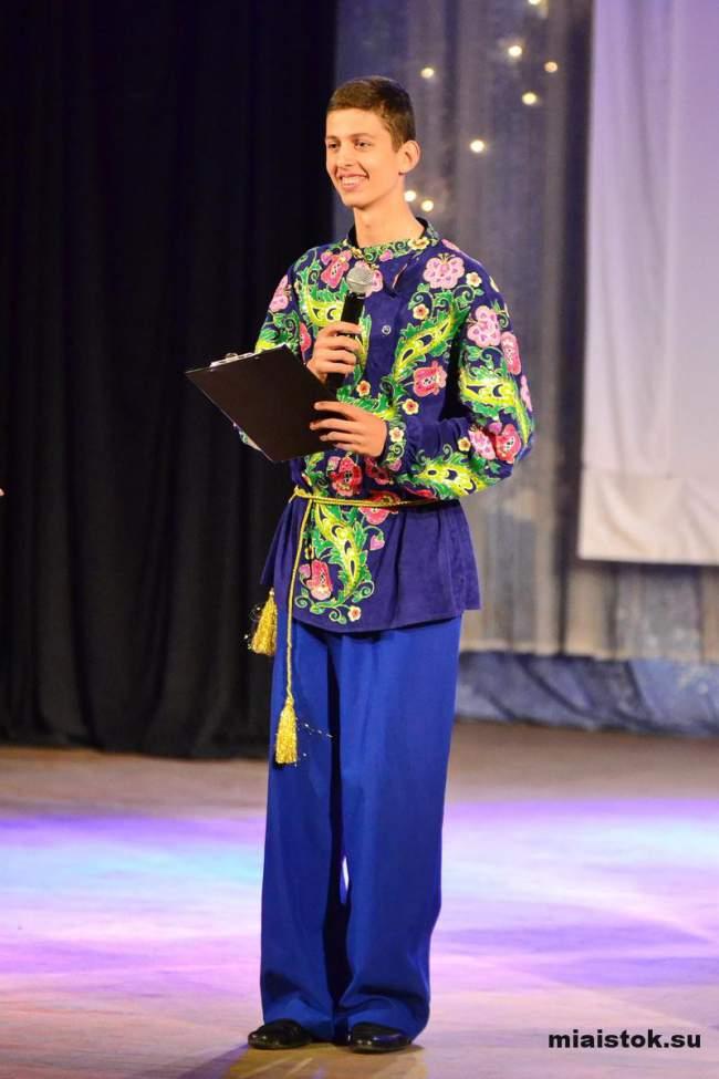 Луганских детей поздравили с праздником Пасхи