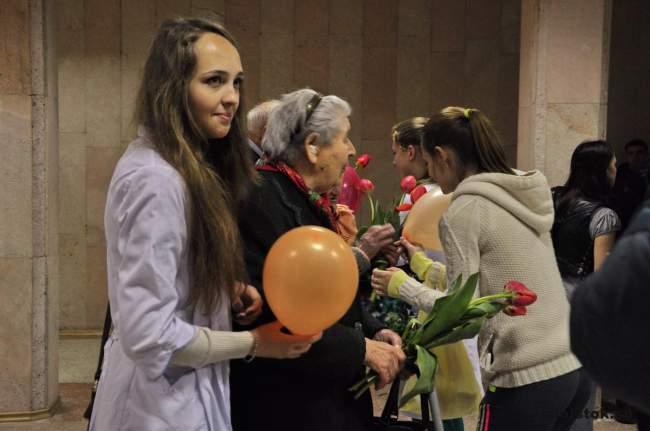 Медицинский университет подарил праздник ветеранам