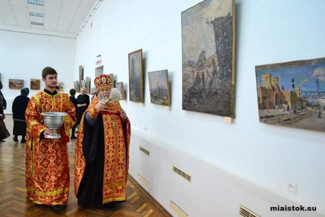 Выставка «Возрождение освобождённого Донбасса» художников-очевидцев открылась в ЛНР