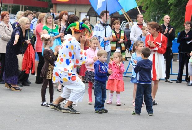Гонки на джипах проходят в Александровске – ФОТОРЕПОРТАЖ