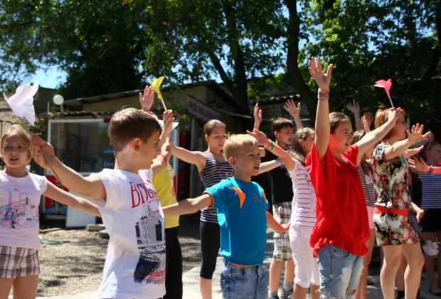 Самой популярной на первом фестивале граффити в Луганске стала тема мира (ФОТО)