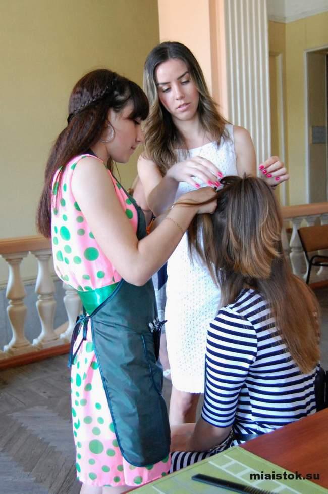 Луганские парикмахеры соревновались в мастерстве