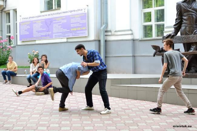 Первый художественный фильм сняли в ЛНР