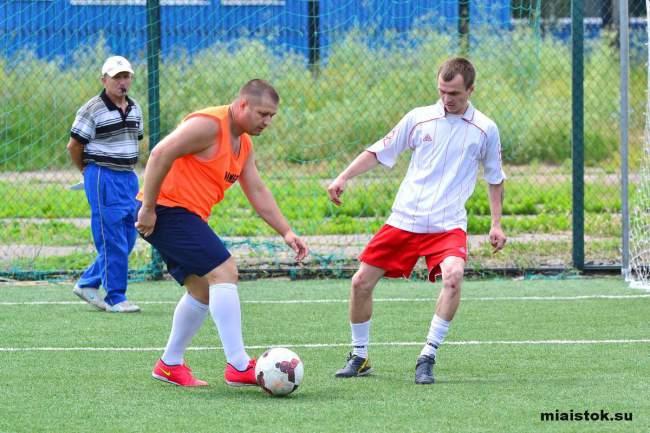 Необычный футбольный турнир прошёл в Луганске