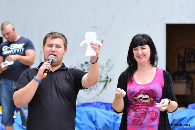 В Луганске провели семейный выходной с конкурсами и подарками