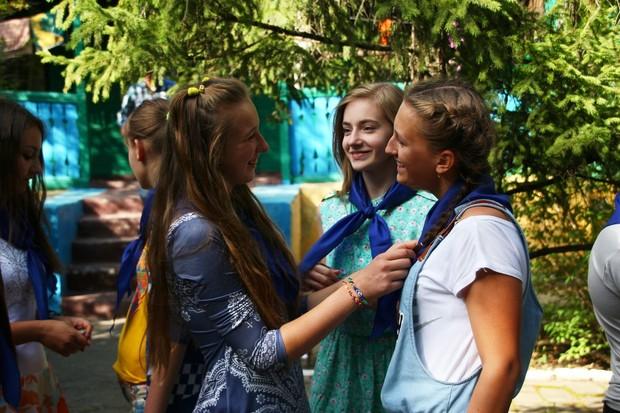 Крупнейший в ЛНР детский лагерь «Лесные просторы» открылся под Антрацитом (ФОТО)