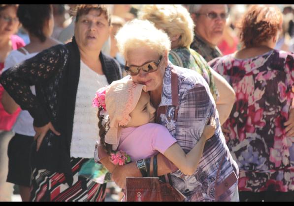 Группа из 170 юных луганчан отправилась в на отдых в Евпаторию (ФОТО)