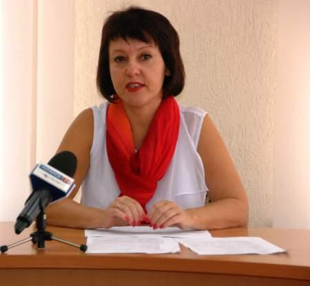 На сегодняшний день на территории Луганска осталось 3 детских дома семейного типа и 7 приемных семей