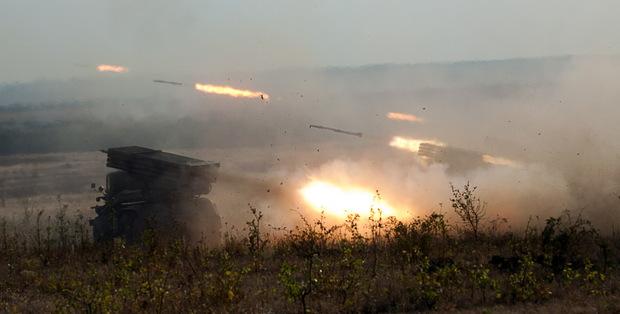 Артиллеристы Народной милиции провели учебные стрельбы из установок РСЗО «Град» (ФОТО)