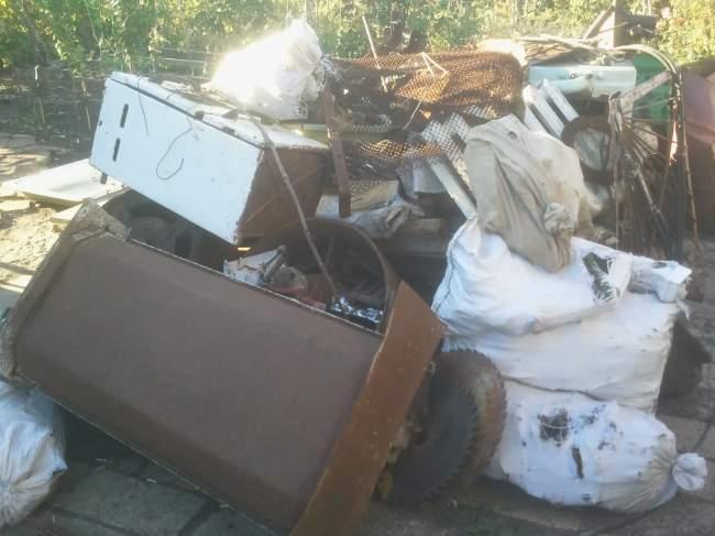 В Суходольске выявлен незаконный пункт приёма металла (фото)