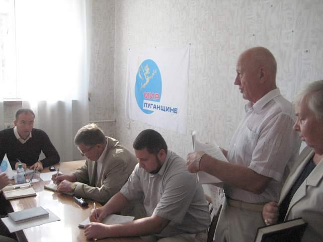 Олег Акимов посетил Брянку с рабочим визитом