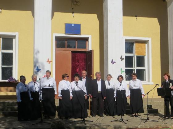 Жители поселка Калиново отметили его 295-летие (ФОТО)