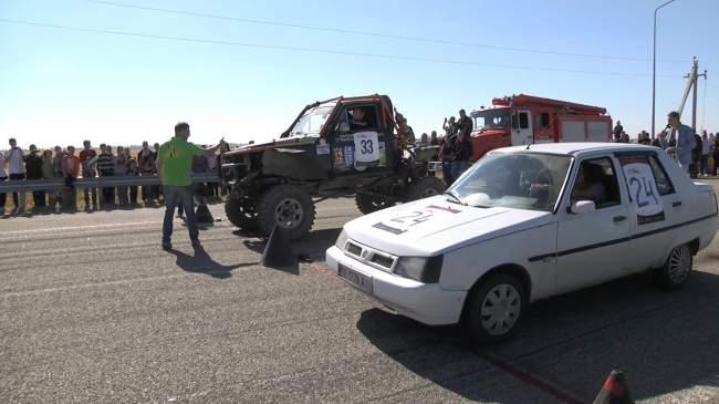Первый чемпионат по драг-рейсингу в ЛНР(фото)