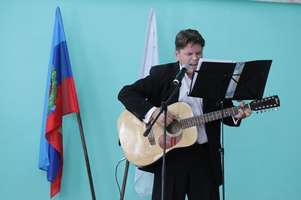 «Почта ЛНР» получила поздравления по случаю годовщины своего создания (ФОТО)