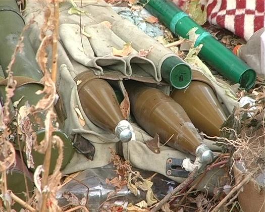 Специалисты МЧС и МВД изъяли боеприпасы со свалки в центре Луганска (ФОТО)