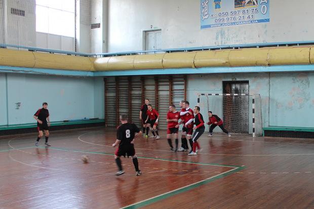 Спартакиада МЧС ЛНР началась соревнованиями по мини-футболу, определены первые победители (ФОТО)