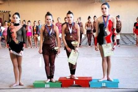 В Луганске состоялся чемпионат по художественной гимнастике