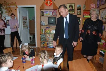 Глава города лично убедился в отличном содержании детей детского сада №129