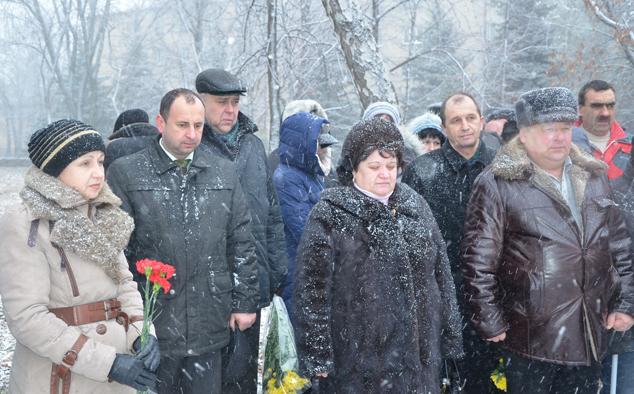 Сегодня в Ровеньках вспоминали участников ликвидации аварии на Чернобыльской АЭС