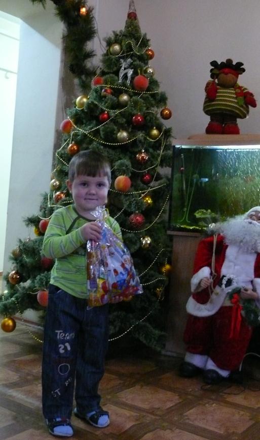 Яна Строкач побывала в Республиканском детском доме и передала воспитанникам подарки.