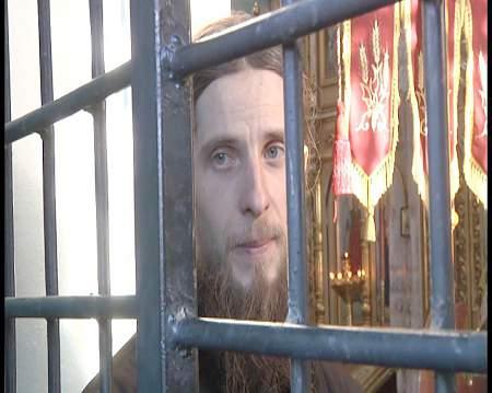 Продолжается осада нацистами и раскольниками, православных верующих в в с. Птичья Дубенского района Ровенской области