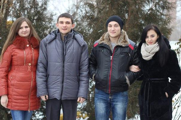 в праздник Рождества Христова члены Молодежного совета Федерации профсоюзов ЛНР поздравили детей