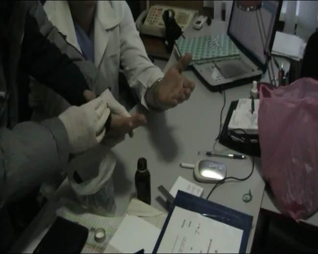 За получение взятки задержан сотрудник республиканского бюро судебно-медицинской экспертизы (фото)