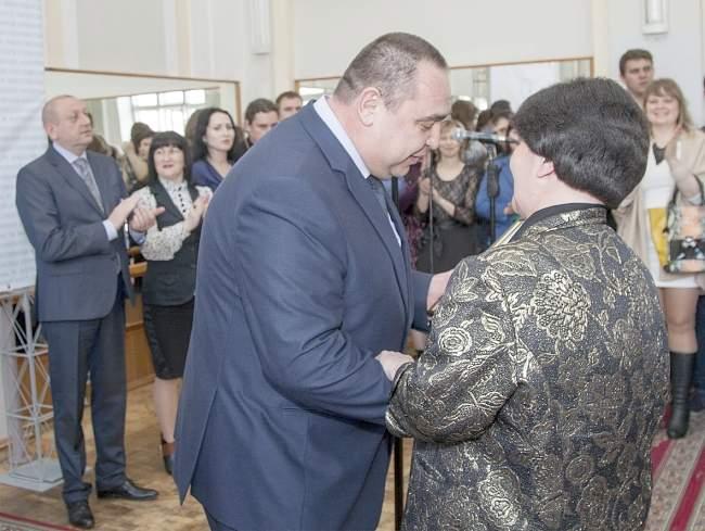 Глава ЛНР поздравил с четырнадцатилетием ЛГАКИ