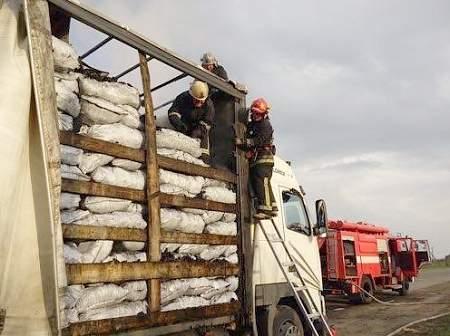 Грузовик с углем загорелся в Ровенской области