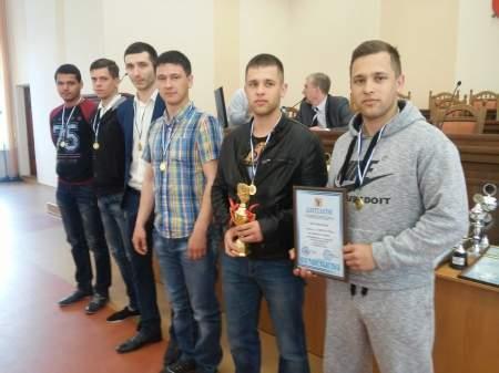 Награждение победителей чемпионата по мини-футболу
