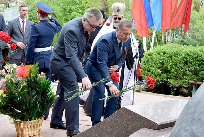 В Луганске прошли памятные мероприятия, посвященные 30-летию аварии на Чернобыльской АЭС