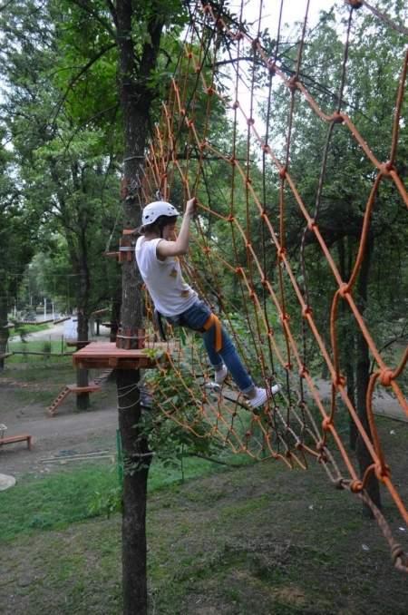 Веревочный городок «Дитя джунглей» открылся в парке имени 1 Мая