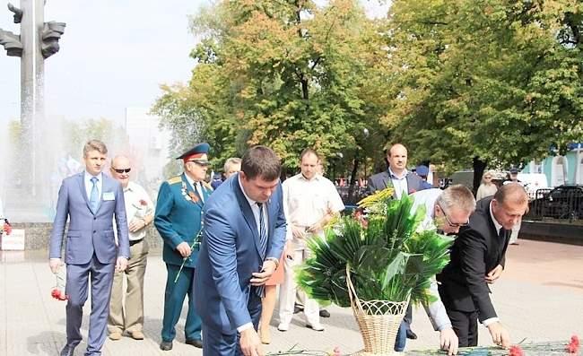 """Митинг памяти, посвященный 73-й годовщине освобождения Луганщины"""">Митинг памяти, посвященный 73-й годовщине освобождения Луганщины 03 Сентябрь 2016."""