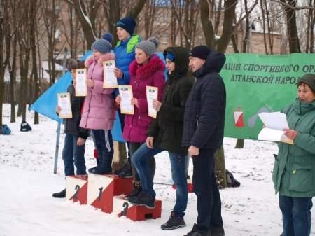 Первенство Луганска по спортивному ориентированию состоялось в сквере Памяти в преддверии Дня освобождения города
