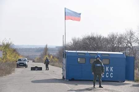 Народная милиция ЛНР завершила отвод сил и средств в районе Золотого (ФОТО)