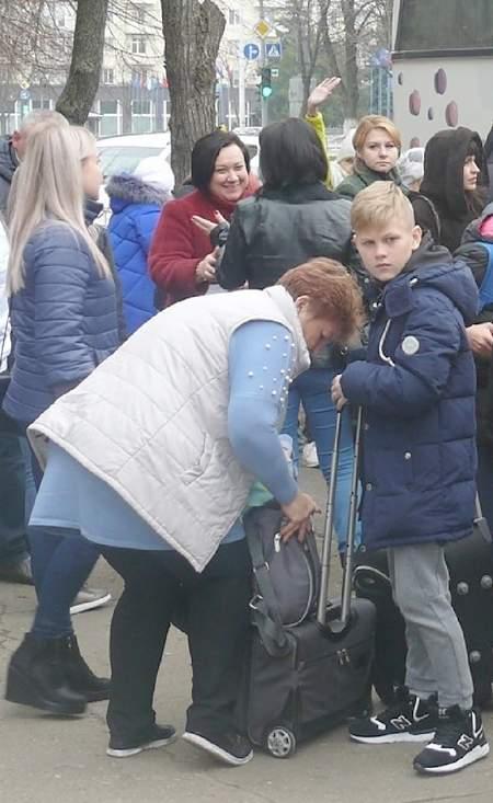Седьмая группа из 145 детей ЛНР отправилась на отдых в подмосковный лагерь «Снегири»