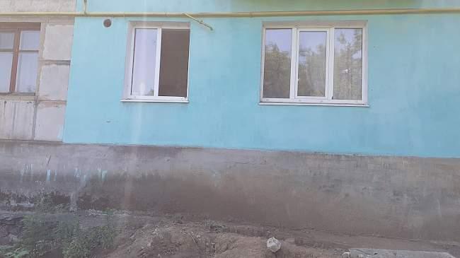 Украинские каратели в очередной раз обстреляли жилые районы н.п. Золотое-5 (ФОТО)