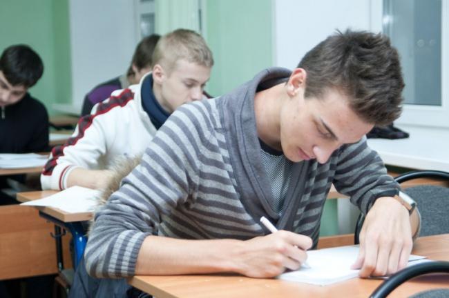 ливанов хотел сделать чтобы в институтах учились отличники